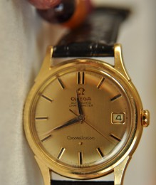 Omega Constellation vàng đúc