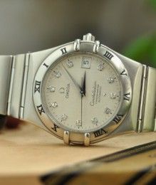 Đồng hồ Omega 50th anniversary limited constellation diamond dial