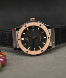 Đồng hồ Hublot Classic Fusion Titanium Mix King Gold 42mm